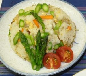 アスパラガスの混ぜご飯